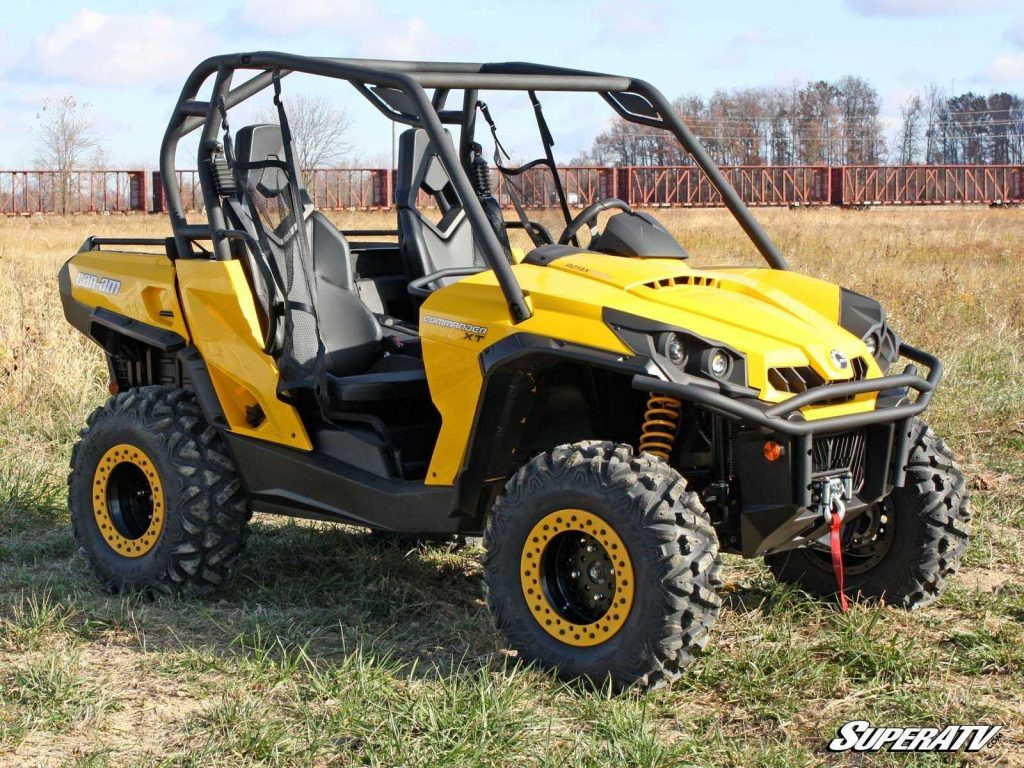 A 2015 Can-Am Commander showing just how basic it is compared to the 2021 models.