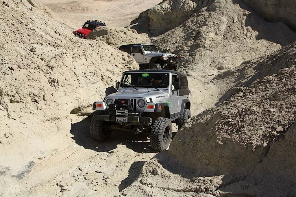 A line of Jeeps on a trail at Kansas Rocks Recreation Park