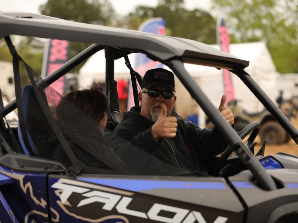 A Talon owner giving two thumbs up